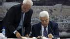 Mahmoud Abbas dan Saeb Erekat, AP