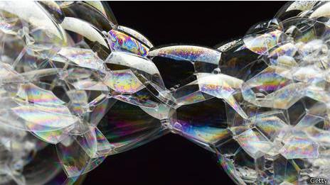 ¿existen los mundos paralelos y realidades alternas? 140411100559_universos_multiples_464x261_getty