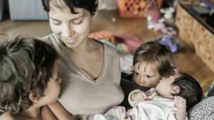 Mulheres contam como foram os partos de seus filhos - BBC Brasil ...
