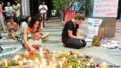 Protesto contra cesárea forçada (Zilda Pavão)