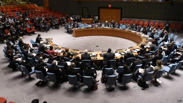 Milícias pró-Rússia ignoram ultimato da Ucrânia e mantêm ocupação
