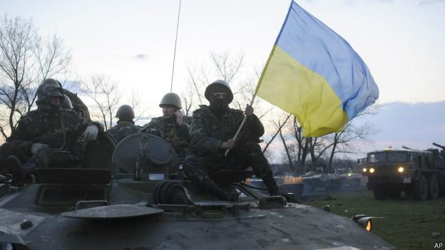 Ucrânia: Solução diplomática 'mais longe do que nunca'