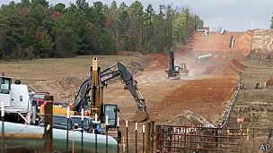 Construcción del Keystone XL en Winona, Texas