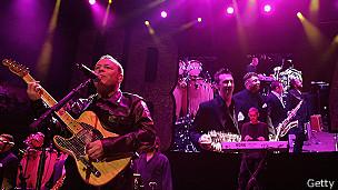 UB40 en concierto. Imagen de archivo: abril 2005
