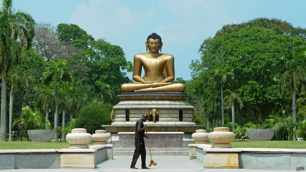 श्रीलंका भगवान बुद्ध की मूर्ति