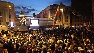 Pantalla de TV en la Plaza de San Pedro