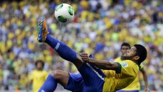 O atacente Hulk está na Seleção da Copa (AP)