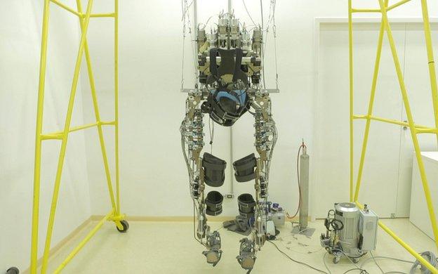 Exoesqueleto. Foto: divulgação