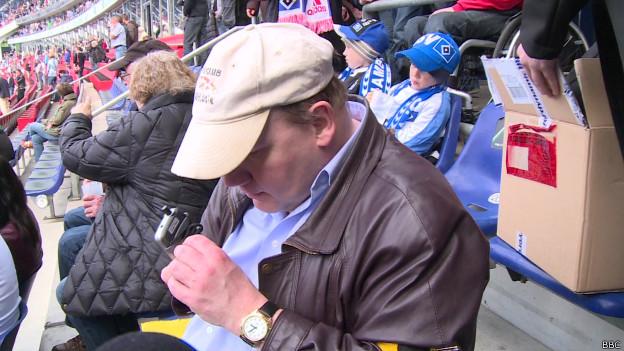 Cegos no estádio. Foto: BBC