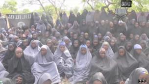 Meninas sequestradas pelo Boko Haram | Crédito: BBC