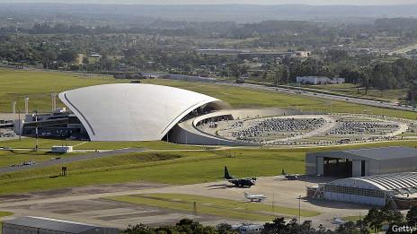 Aeropuerto General Cesáreo L. Berisso de Montevideo