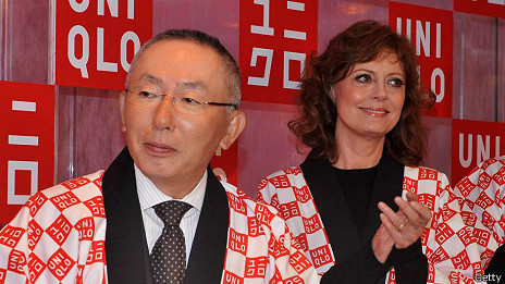 Tadashi Yanai y Susan Sarandon