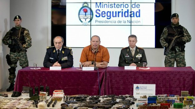 Conferencia del ministerio de Seguridad argentino