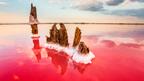 Соляные поля в заливе Сиваш в Крыму