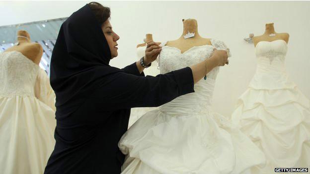 Иран: магазин свадебных нарядов