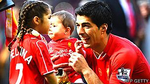 Suárez con sus hijos Delfina y Benjamín