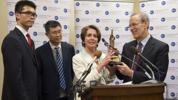 美国国家民主基金会颁奖仪式(29/05/2014)