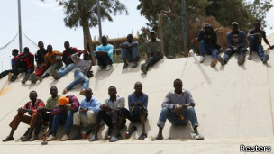Мигранты в Ливии