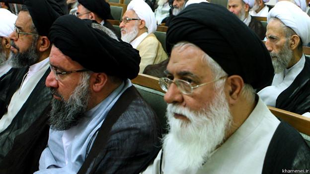 140530140405_alamolhoda_khatami_624x351_khamenei.ir حکومت وظیفه دارد مردم را به بهشت ببرد، حتی به زور شلاق