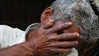 Justicia, no dinero, quiere el padre de una de las jovenes indias ahorcadas y violadas