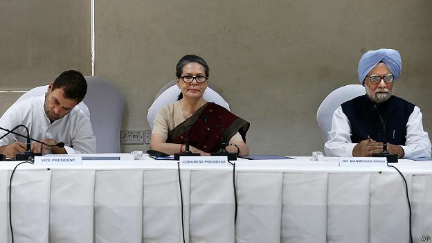 राहुल गांधी, सोनिया गांधी, मनमोहन सिंह