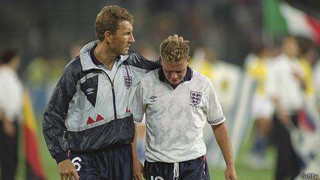 Paul Gascoigne tras perder contra Alemania por penales en las semifinales de Italia 1990