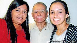 Clarisa, Óscar y Karina