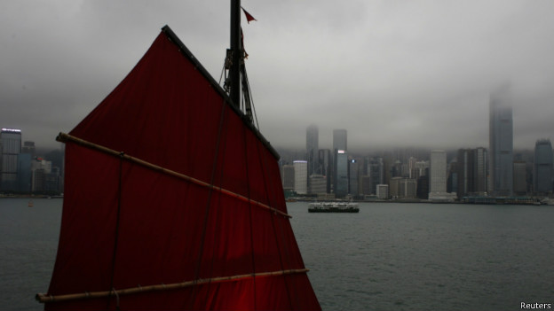 香港维多利亚港(资料照片)