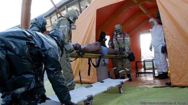 Militares participam de exercício de socorro a vítimas de atentado (foto Felipe Barra I Ministério da Defesa 31/05/2014)