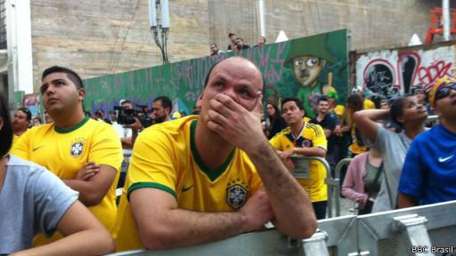 Torcedor lamenta (BBC Brasil)
