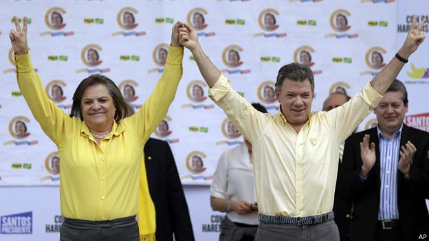 Clara López, la candidata del izquierdista Polo Democrático Alternativo, y Juan Manuel Santos