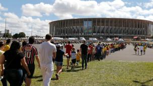 fila no Mané Garrincha | AP