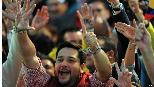 Simpatizantes de Juan Manuel Santos durante las elecciones de 2014