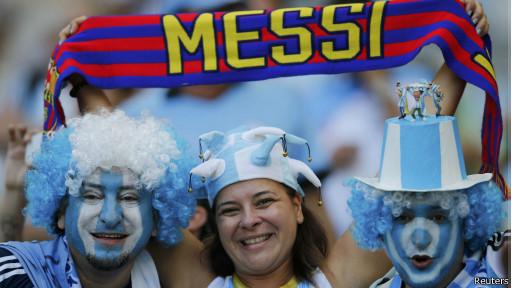 Torcedores da Argentina (Reuters)