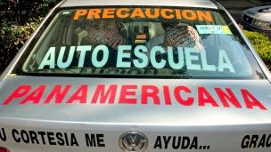 Automóvil de una escuela de manejo en Ciudad de México. Foto: AFP/Getty