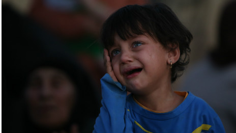 Criança refugiada no Iraque | Crédito: AP