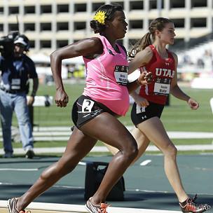 Alysia Montaño durante la carrera