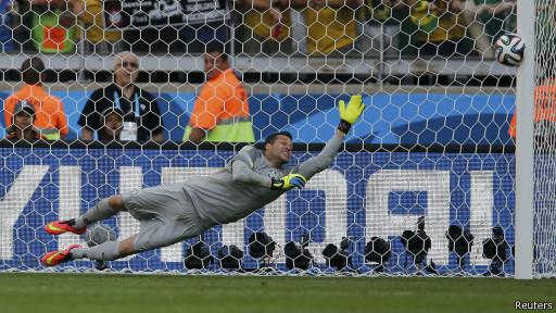 Brasil venceu o Chile nos pênaltis nas oitavas
