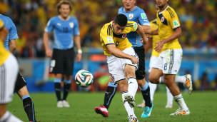 James Rodríguez marcou um golaço diante do Uruguai