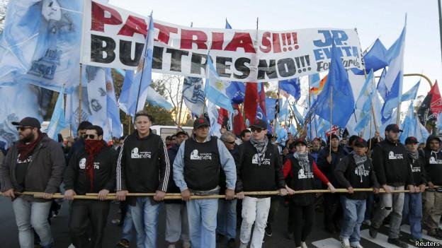 Marcha contra los fondos buitre en Argentina