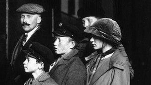 Inmigrantes alemanes llegando a Nueva York en 1905