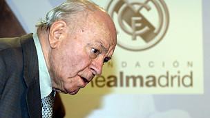 Di Stéfano, grande ídolo do Real Madrid, morreu aos 88 anos