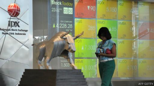 140710052126 idx stock indonesia 512x288 afpgetty Usai pilpres, rupiah menguat dan pasar saham melonjak