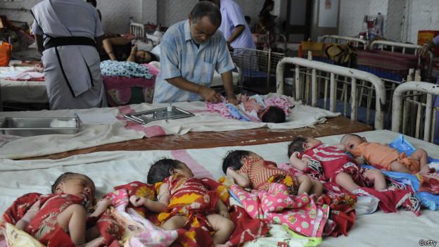 Bebés en India