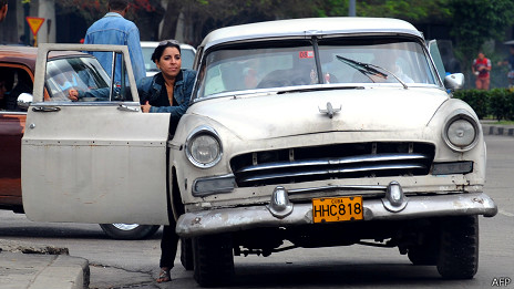 Auto en la Habana