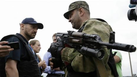 Tensión entre la OSCE y los rebeldes