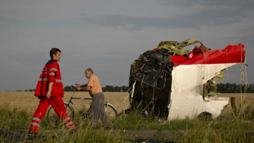 Destroços MH17 (AP)