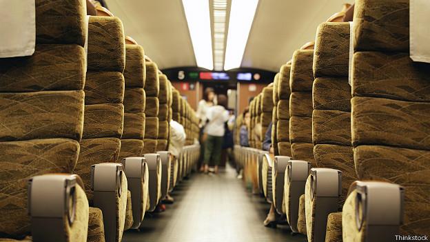 Интерьер скоростного поезда