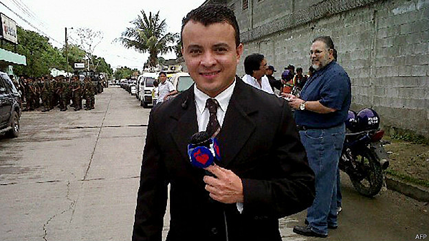 Herlyn Espinal su cuerpo sin vida con dos tiros apareció en una autopista cercana a la ciudad de San Pedro de Sula Honduras