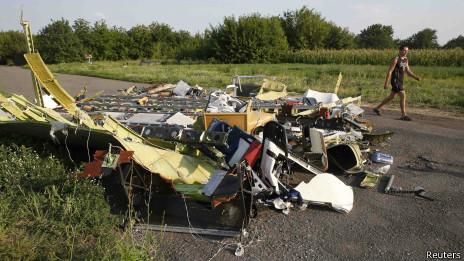Restos del avión MH17